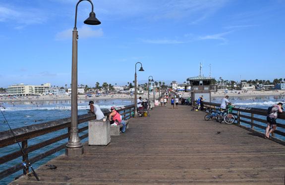 Imperial Beach pier - looking towards land