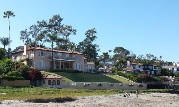 La Playa mansion