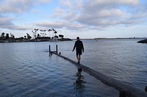 La Playa pipe with Mike walking
