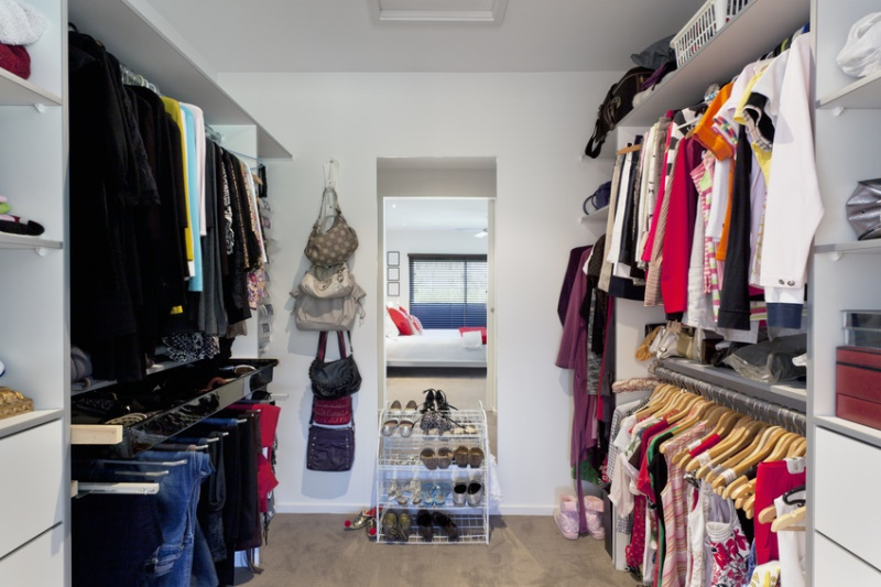 ideal wardrobe size